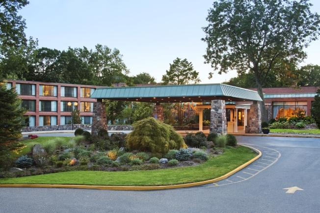 Hilton Westchester - Main Entrance - NEW