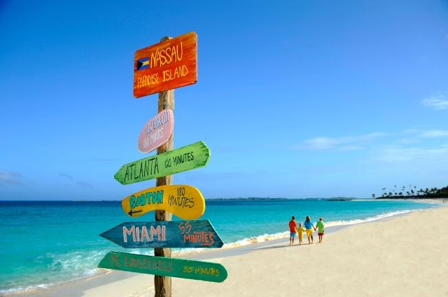 beach signs-nassau paradise island